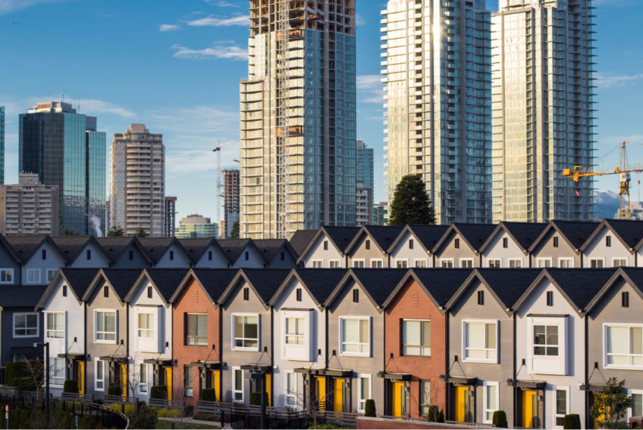 Apartment Buildings That Outperform How to Build a Multi-Family Portfolio That Lasts